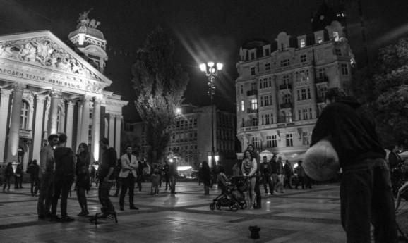 """Двете страни на """"Нощта на музеите"""""""