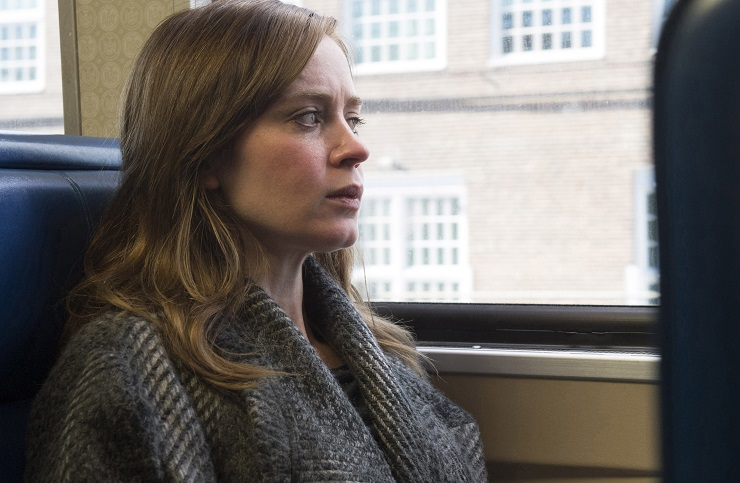 the-girl-on-the-train-film-emily-blunt-2-PodMosta